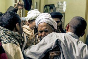 familiares de los 21 cristianos coptos ejecutados en Libia a manos del Estado Islámico febrero 2015