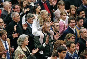 neocatecumenales en el Vaticano
