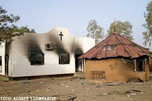 iglesia quemada en Níger ataques de islamistas radicales contra los cristianos. Foto de Acoger y Compartir