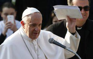 papa Francisco visita una parroquia de Roma 8 marzo 2015