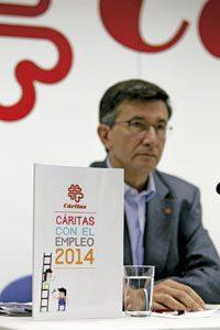 José Luis Pérez Larios, coordinador de Empleo y Economía Solidaria de Cáritas, presenta la Memoria de Empleo de 2014 abril 2015