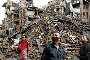 supervivientes del terremoto en Nepal abril 2015