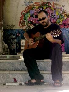 Toño Casado, cantautor y músico católico