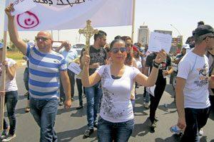 cristianos perseguidos en Irak se manifiestan en contra del Estado Islámico