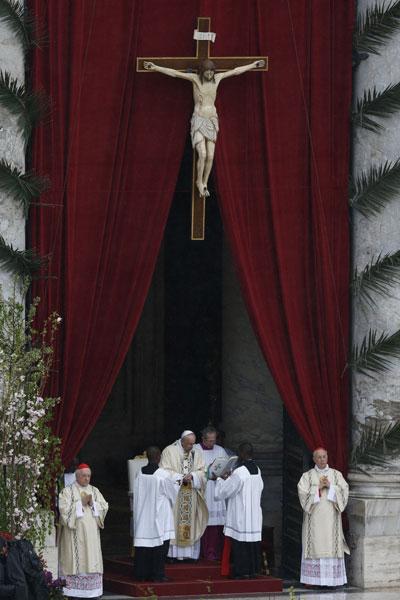 Semana Santa 2015 Papa Francisco misa del Domingo de Resurrección en la Plaza de San Pedro del Vaticano
