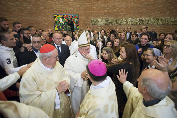 Jueves Santo 2015 papa Francisco en el Complejo Penitenciario de Rebibbia