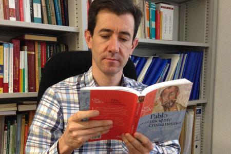 Carlos Gil Arbiol, biblista