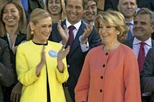 Cristina Cifuentes y Esperanza Aguirre, políticas del Partido Popular