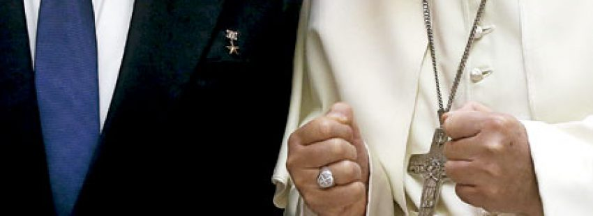 papa Francisco recibe a Raúl Castro, presidente de Cuba, en el Vaticano 10 mayo 2015