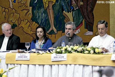 Asamblea General del CELAM mayo 2015 en Santo Domingo, presentación del Nuevo Testamento de la BIA