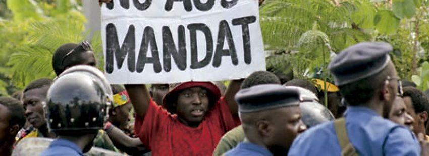 protesta en Burundi contra un posible tercer mandato del presidente Nkurunziza mayo 2015