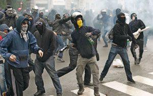 Protestas en Milán, el 1 de mayo, en la inauguración de la Expo
