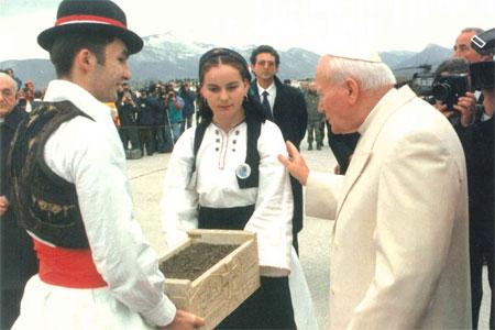 viaje de Juan Pablo II a Sarajevo abril 1997