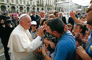 Papa Francisco con las familias