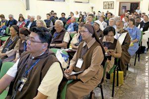religiosos participantes en el III Encuentro de Nuevas Formas de Vida Consagrada Roma mayo 2015