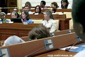 seminario sobre el papel de la mujer en la Iglesia organizado por LOsservatore Romano Roma mayo 2015