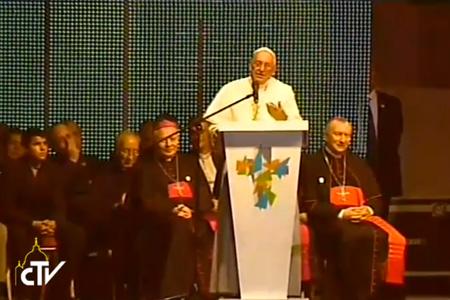 papa Francisco con los jóvenes de Paraguay, 12 julio 2015