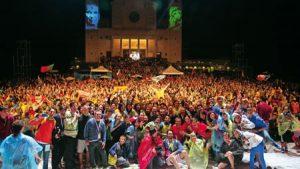 Castelnuovo acogió a 5.000 jóvenes del Movimiento Juvenil Salesiano