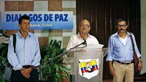Representantes de las FARC ofrecen una rueda de prensa en La Habana, sede del diálogo