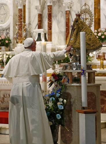 papa Francisco visita el santuario de la Virgen de la Caridad del Cobre Santiago de Cuba 21 septiembre 2015