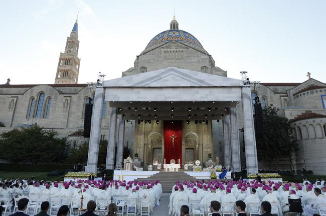 papa Francisco preside la misa de canonización de fray Junípero Serra Santuario Nacional de la Inmaculada Concepción 23 septiembre 2015