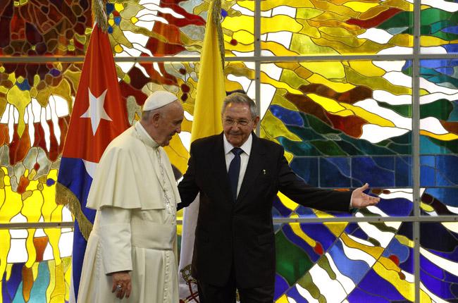papa Francisco visita de cortesía al presidente Raúl Castro en el Palacio de la Revolución de La Habana 20 septiembre 2015