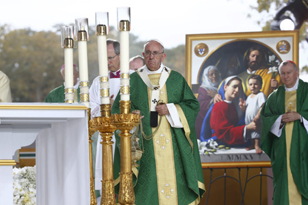 papa Francisco preside misa de clausura del VIII Encuentro Mundial Familias en Filadelfia viaje Estados Unidos 27 septiembre 2015