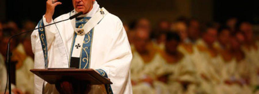 papa Francisco en la misa con obispos, sacerdotes y religiosos de Pensilvania, Filadelfia, viaje a Estados Unidos 26 septiembre 2015