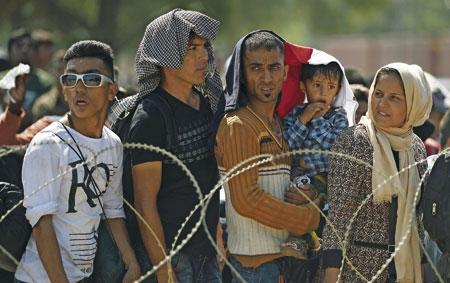 refugiados sirios en la frontera entre Macedonia y Grecia crisis humanitaria septiembre 2015