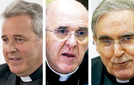 Mario Iceta, obispo de Bilbao, Carlos Osoro arzobispo de Madrid y Lluís Martínez Sistach cardenal arzobispo de Barcelona, obispos participantes en el Sínodo de la Familia 2015