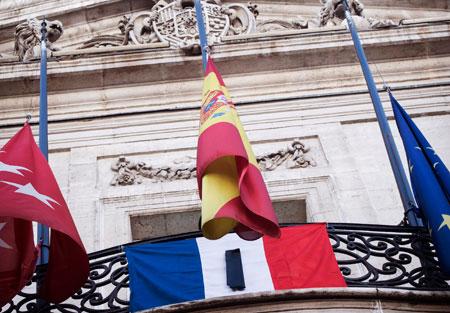 banderas-atentados-paris