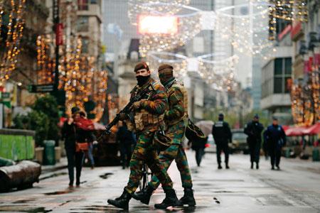 militares-en-bruselas-atentado-paris-G