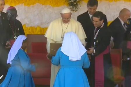 papa Francisco visita Casa de la Caridad en Nalukolongo Uganda sábado 28 noviembre 2015 viaje a África