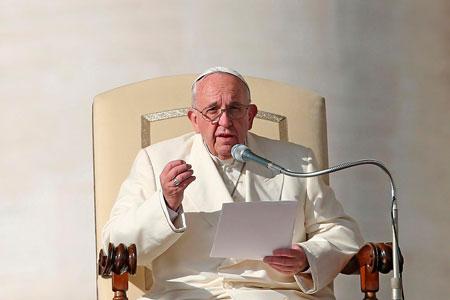 papa-francisco-condena-atentados-paris-G