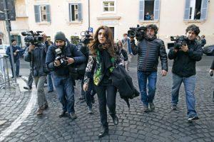 Francesca-Chaouqui-a-su-llegada-al-tribunal-G