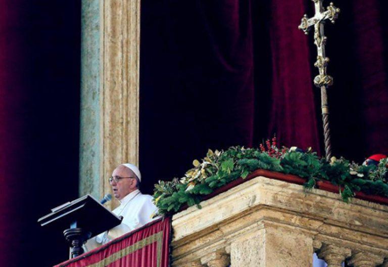papa Francisco mensaje de Navidad Urbi et Orbi 2015 desde el balcón de la logia central de la Basílica de San Pedro Vaticano 25 diciembre 2015