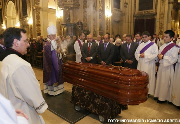funeral por Alberto Iniesta en Madrid Colegiata de San Isidro, 4 enero 2015
