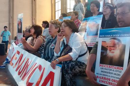 protestas-en-osorno-nombramiento-juan-barros-G