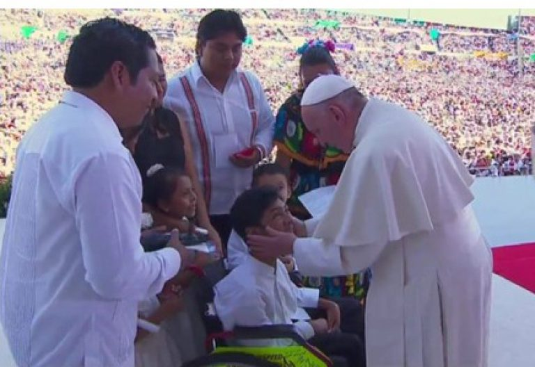 papa Francisco encuentro con las familias en Tuxtla Gutiérrez Chiapas 15 febrero 2016