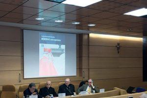 presentacion-memorias-con-esperanza-cardenal-fernando-sebastian-G