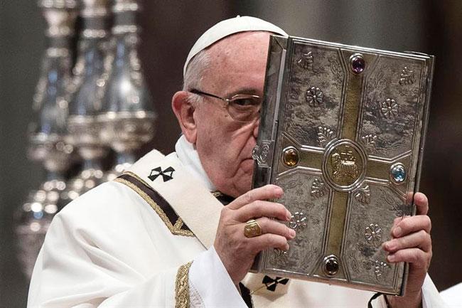 Papa Francisco misa crismal jueves santo 2016