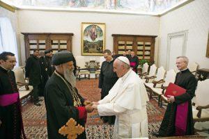 patriarca-ortodoxo-de-Etiopia-Abuna-Matthias-y-papa-francisco-G