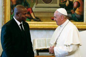 Papa con el presidente de República Centroafricana