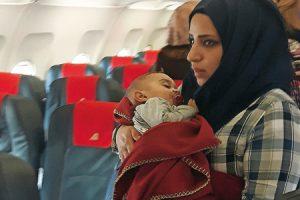refugiados-avion-G