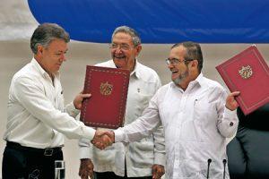 Firma del acuerdo en La Habana
