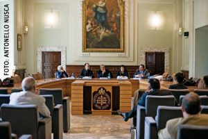 Presentación en Roma de 'No basta con un clic'