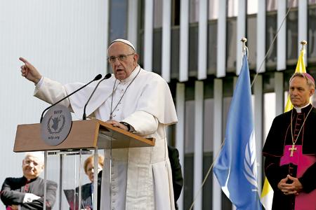 papa Francisco pronuncia discurso en la sede del Programa Mundial de Alimentos en Roma 13 junio 2016