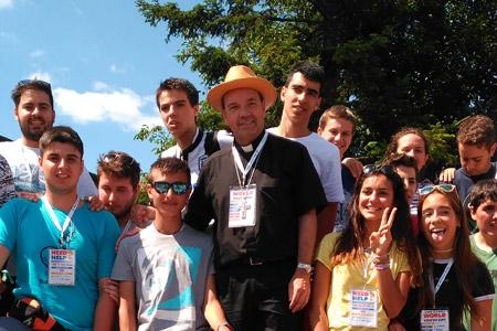 Juan Carlos Elizalde, obispo de Vitoria, peregrina con los jóvenes de la diócesis en la JMJ Cracovia 2016, Siewierz Diócesis de Sosnowiec en Silesia