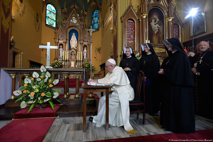 papa Francisco JMJ Cracovia 2016 visita santuario de la Divina Misericordia 30 julio 2016