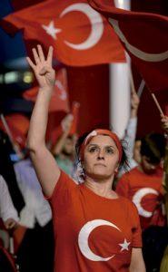 protesta contra el golpe de Estado fallido en Turquía 15 julio 2016